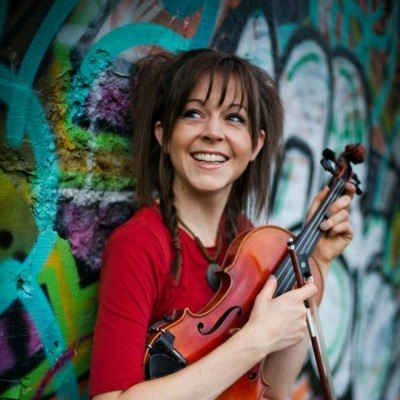 2 фото к материалу Lindsey Stirling в России