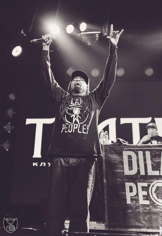 10 фото к материалу Dilated Peoples в клубе Театръ