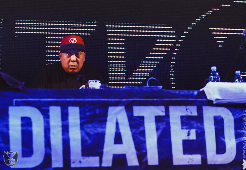 15 фото к материалу Dilated Peoples в клубе Театръ