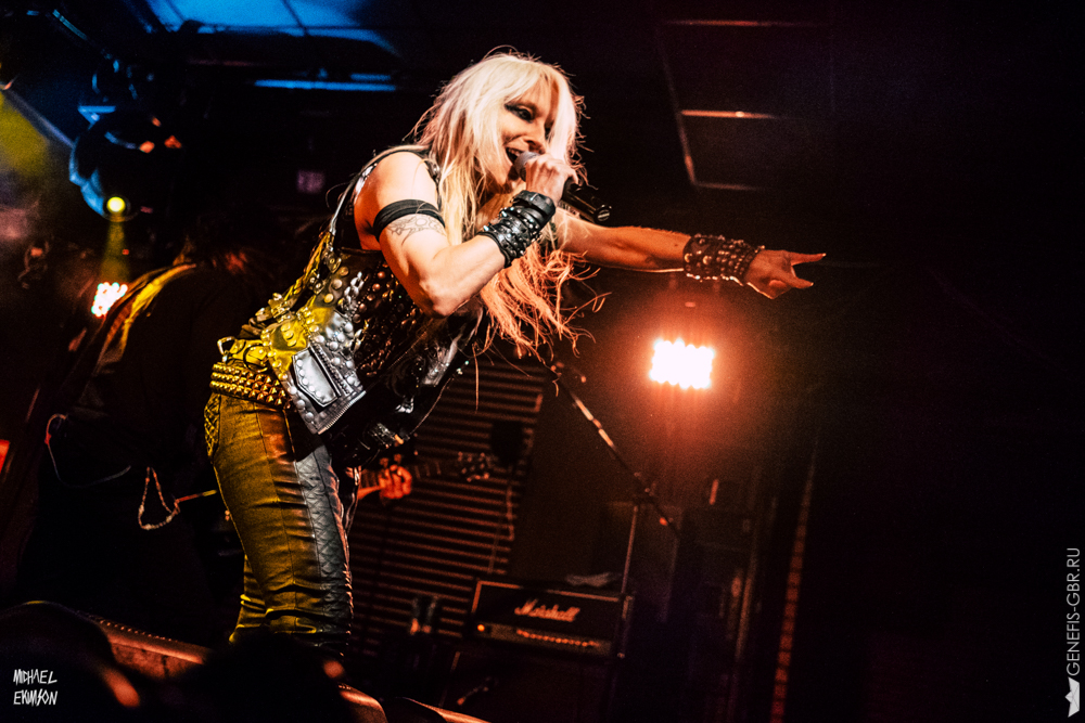 0 фото к материалу Doro  Forever Warriors  Forever United
