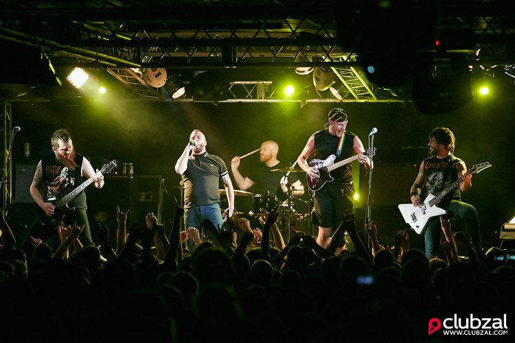 3 фото к материалу Killswitch Engage в Питере