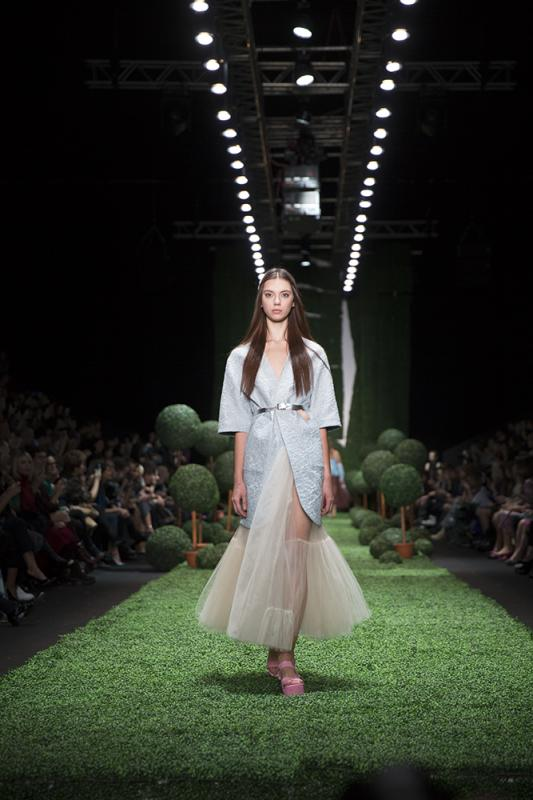 66 фото к материалу MERCEDES-BENZ FASHION WEEK RUSSIA 2015 стартовал