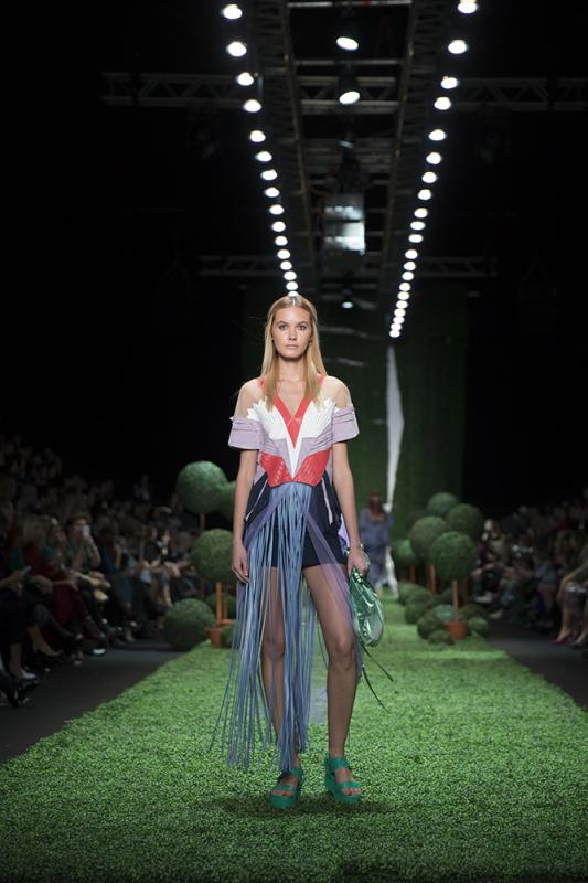 67 фото к материалу MERCEDES-BENZ FASHION WEEK RUSSIA 2015 стартовал