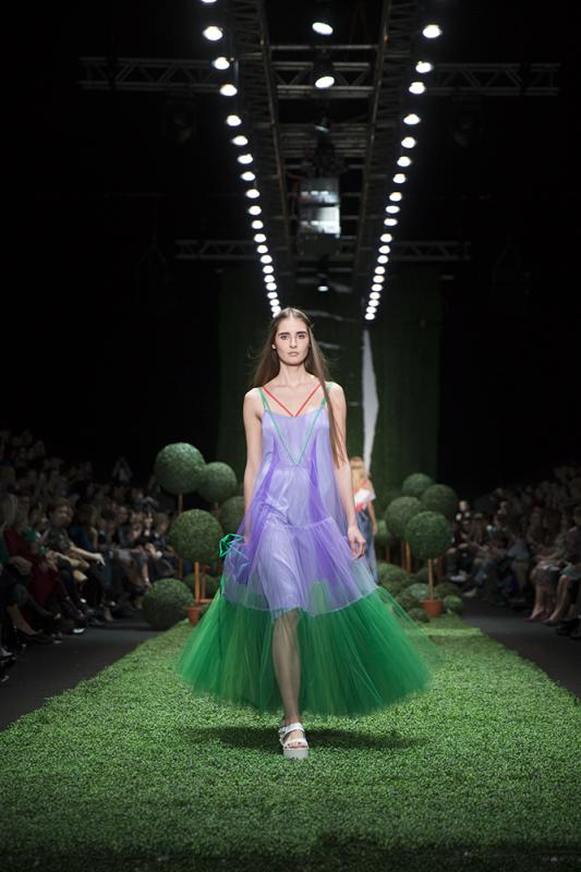 68 фото к материалу MERCEDES-BENZ FASHION WEEK RUSSIA 2015 стартовал