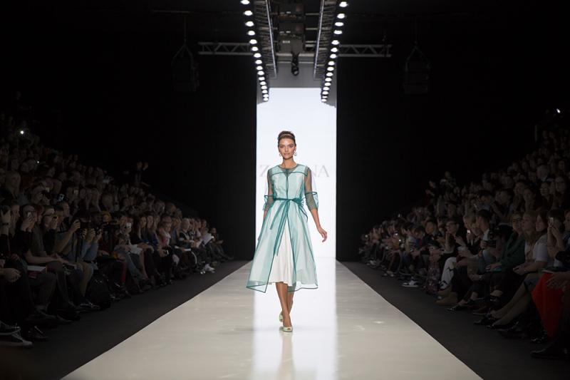 72 фото к материалу MERCEDES-BENZ FASHION WEEK RUSSIA 2015 стартовал