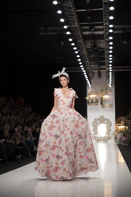 78 фото к материалу MERCEDES-BENZ FASHION WEEK RUSSIA 2015 стартовал