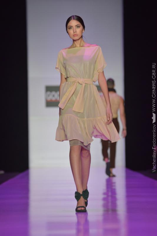 8 фото к материалу MERCEDES-BENZ FASHION WEEK RUSSIA 2015 стартовал