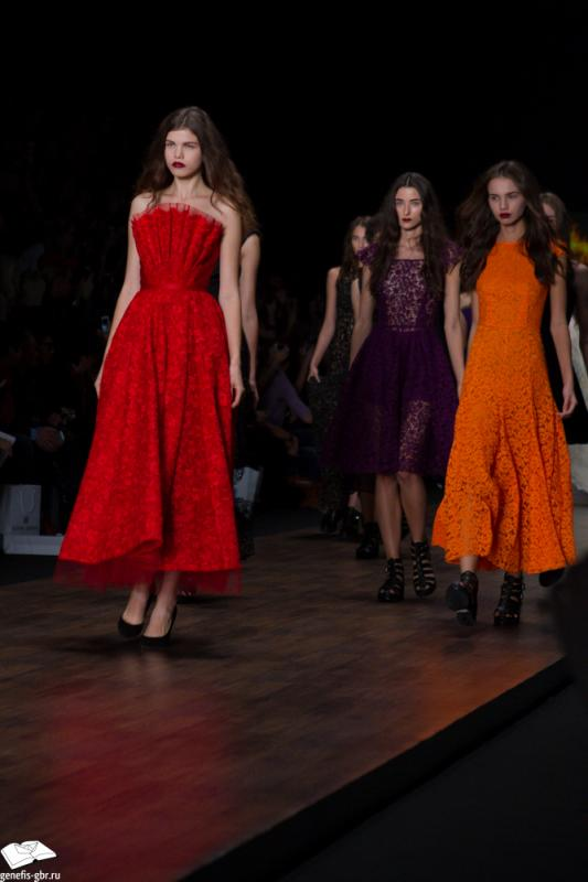 28 фото к материалу Mercedes-Benz Fashion Week - день 2