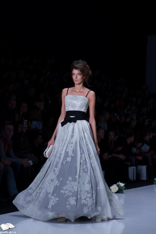 48 фото к материалу Mercedes-Benz Fashion Week - день 2
