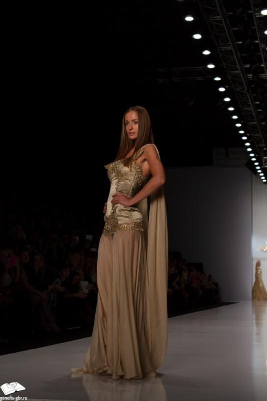 65 фото к материалу Mercedes-Benz Fashion Week - день 2