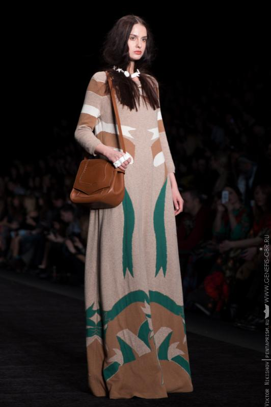 12 фото к материалу Mercedes-Benz Fashion Week 2014 - Первый день