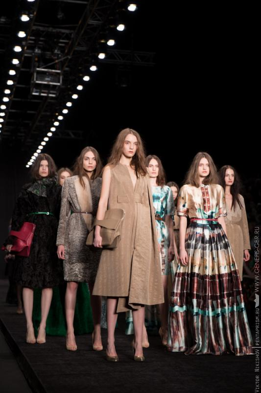 14 фото к материалу Mercedes-Benz Fashion Week 2014 - Первый день