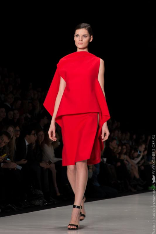 19 фото к материалу Mercedes-Benz Fashion Week 2014 - Первый день