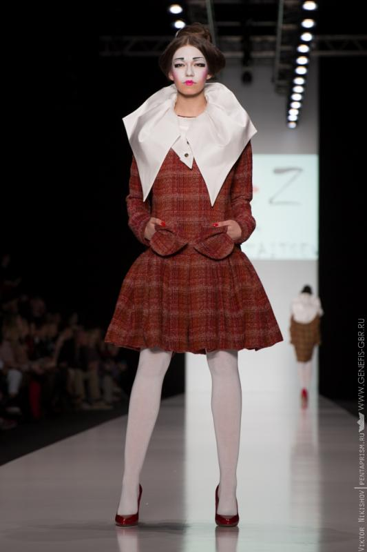2 фото к материалу Mercedes-Benz Fashion Week 2014 - Первый день