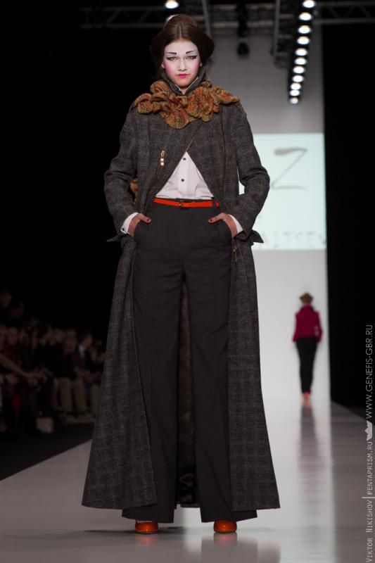 3 фото к материалу Mercedes-Benz Fashion Week 2014 - Первый день
