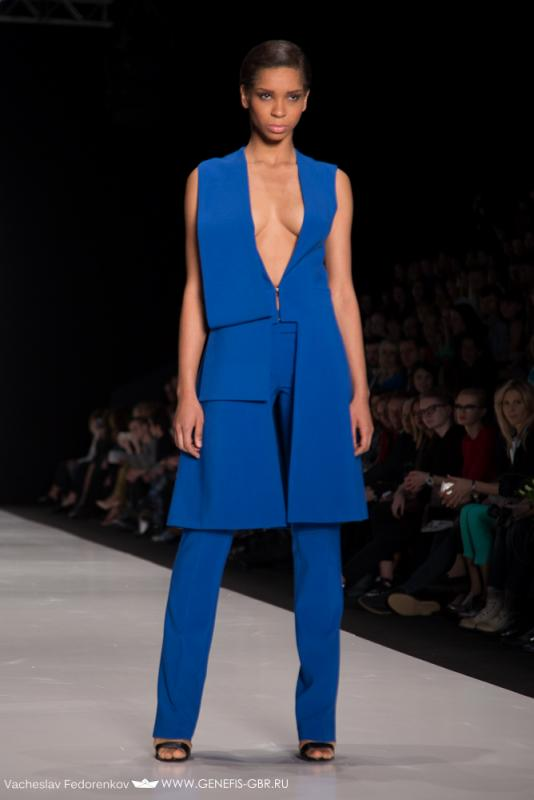30 фото к материалу Mercedes-Benz Fashion Week 2014 - Первый день