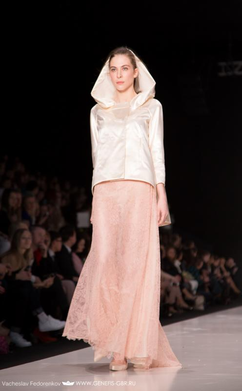 35 фото к материалу Mercedes-Benz Fashion Week 2014 - Первый день