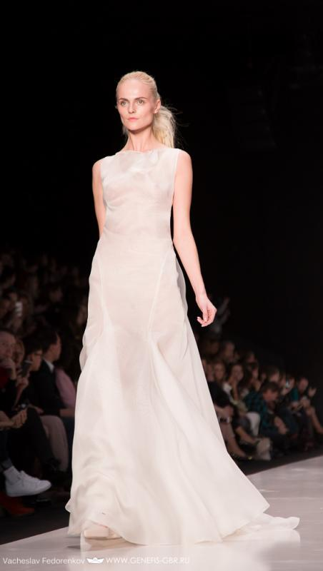 36 фото к материалу Mercedes-Benz Fashion Week 2014 - Первый день