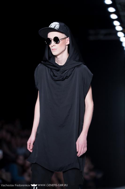 45 фото к материалу Mercedes-Benz Fashion Week 2014 - Первый день