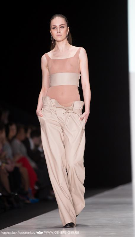 48 фото к материалу Mercedes-Benz Fashion Week 2014 - Первый день