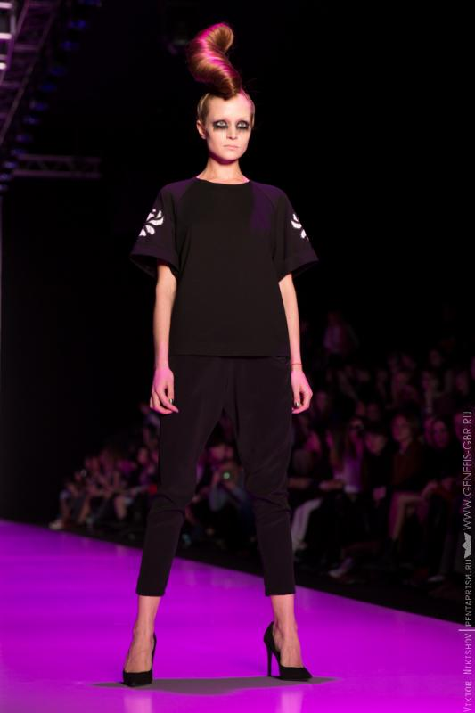 8 фото к материалу Mercedes-Benz Fashion Week 2014 - Первый день