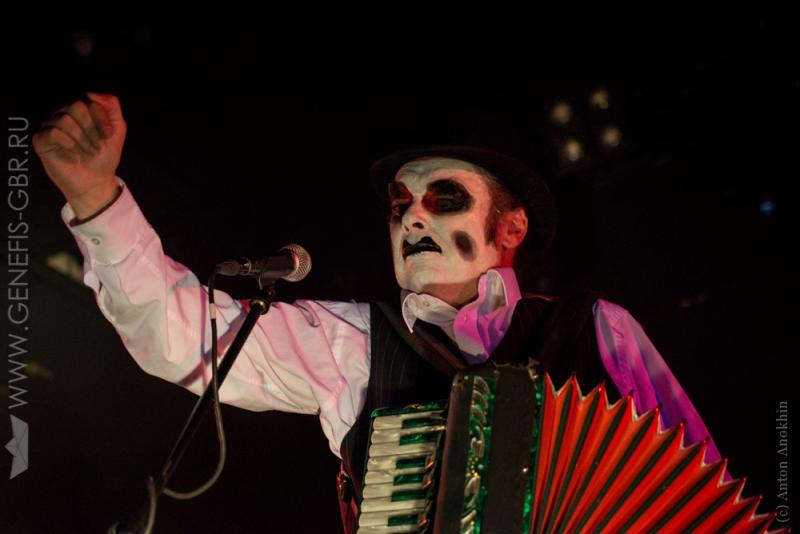 26 фото к материалу The Tiger Lillies в Космонавте
